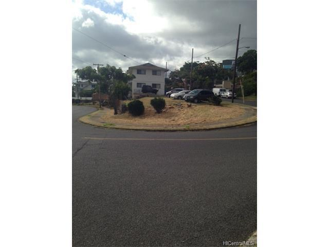 Photo of 3836 Sierra Dr, Honolulu, HI 96816